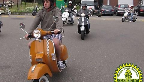 1ste Deugnietenrit 2010 108