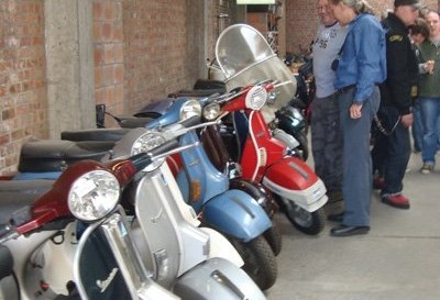 Opendeur Lambretta-Finder 2009 03