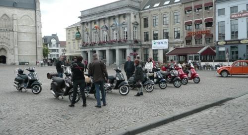 Scooter Oldtimertreffen 2012 01