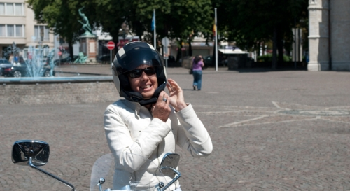 Vespa Oldtimerrondrit 2011 04